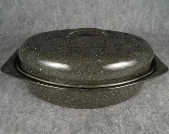 Vintage Enamelware Black & White Speckaled Roasting Pan With Lid