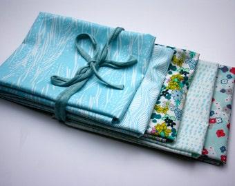 Bundle of 5 patchwork fabrics in blue tones 55x45cm