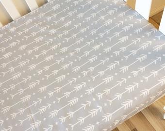 Modern Fitted Cot Sheet, Crib Sheet, Nursery Fitted sheet, modern nursery baby bedding. Grey arrows baby bedding.