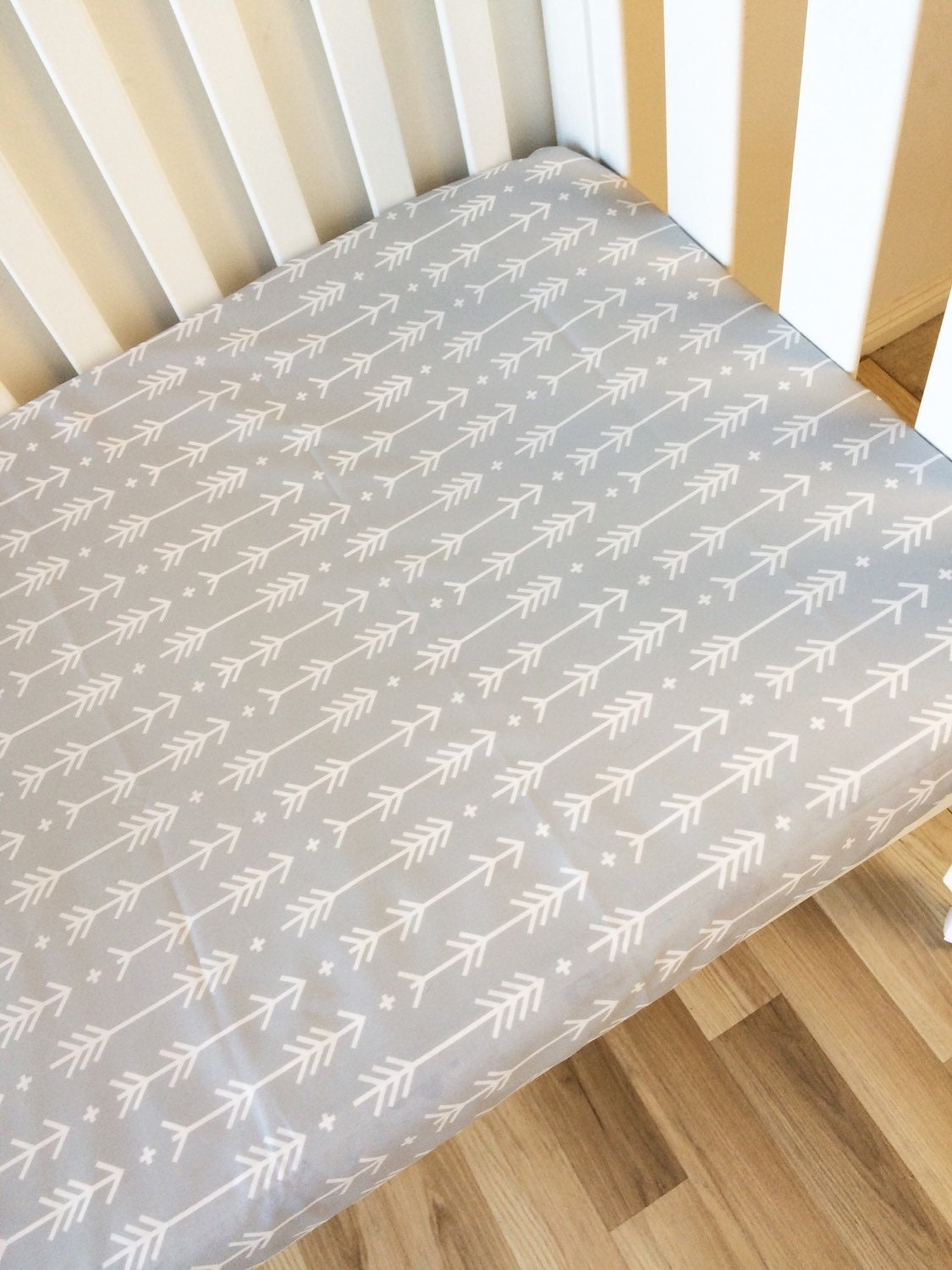 modern fitted cot sheet crib sheet nursery fitted sheet. Black Bedroom Furniture Sets. Home Design Ideas