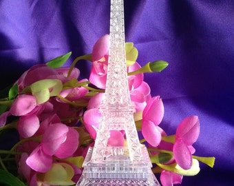LED Eiffel Tower Light Up Statue Mulit-Color Changing Wedding Cocktail Table Centerpiece