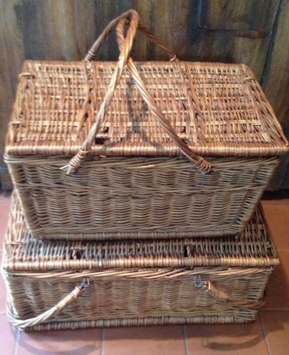 Jackaroo Wicker Basket Picnic Set : Vintage wicker picnic baskets by urbanmercantile on etsy