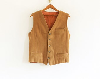 Vintage wool button vest with 3 pockets