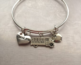 School bus driver-Bracelet with school bus apple and thank you heart for driver