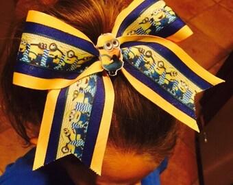 Adorable minion bow