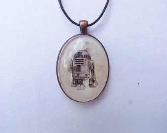 Droid R2D2 necklace