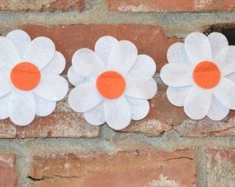 Daisy garland, daisy banner, flowers, felt garland, flower garland, daiseys, flower garland, flower banner