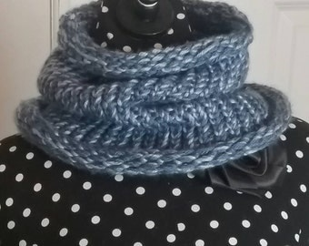 Kids blue neck warmer
