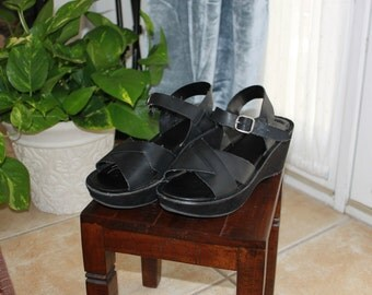 leather platform strappy sandals ~*