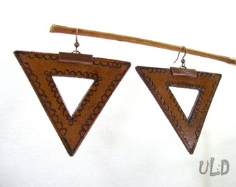 Triangle earrings - Geometric earrings - Brown leather earrings - Leather earrings - Brown earrings - Leather jewelry - Geometric jewelry