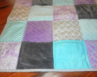 "Custom Quilt, Pieced Front, Minky Back, Block pattern 40"" x 45"" full minky back."