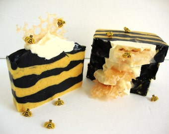 Queen Bee: Oats & Honey Soap | Unscented Soap | Cold Process Soap | Artisan Soap | Handmade Soap | HandCrafted Soap | Shea Butter |