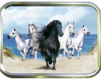 Rushing horses design 2oz gold tobacco tin,pill box,storage tin