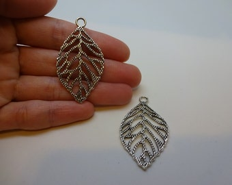 2 big silver plated antique  leaves charms pendants DIY bracelets and necklaces jewellery making charms pendant