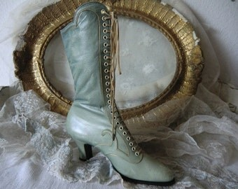 Vintage antique ~ Victorian lace-up boots leather boots pastel ~ french shabby chic