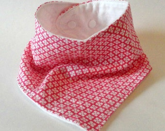 Pink Bandana Bib - Pink and White Bib - Pink Bibdana - Girl Drool Bib - Handmade Bibdana - Baby Girl Bib
