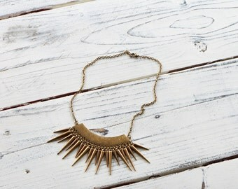 brass rustic spikes necklace