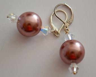 Maroon Shell Pearl Earrings