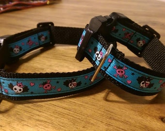 Blue skull/hearts design dog collar