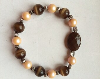 brown and peach glass bead stretch bracelet