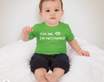 Kiss me, I'm vaccinated! T-Shirt