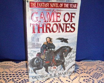 1997 George R. R. Martin - Game of Thrones, Bantam Paperback The Fantasy Novel of the Year from a Master of Contemporary Fantasy Imaginative