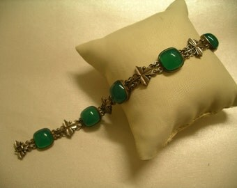 Vintage Chrysoprase and Silver bracelet. Austria.