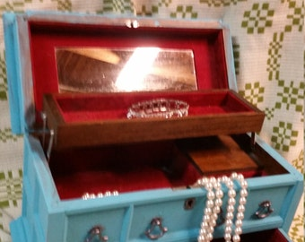 Turquoise distressed jewelry box