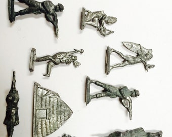Vintage metal casted army men and Indian figurines