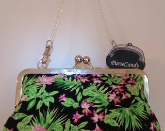 BRIGHT BEAUTY - Beautiful, kitsch clutch bag