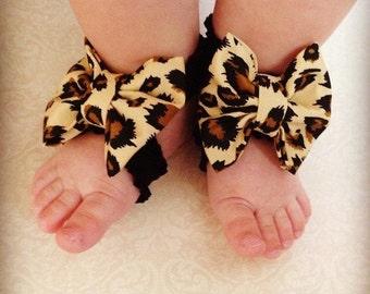 Leopard print bow barefoot sandals; Animal print baby barefoot sandals; baby, toddler, or girl barefoot sandals