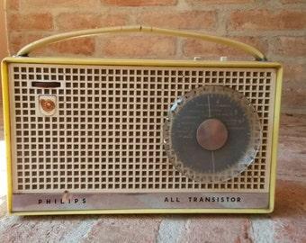 Vintage Philips radio not working