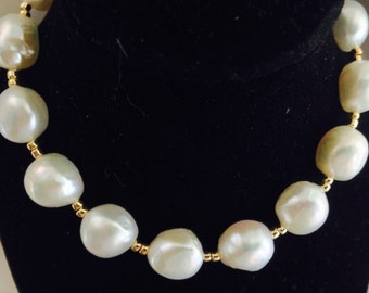 Bridal pearl beauty ,a stunningly beautiful braclet