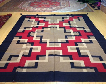 8' x 10'  Beautiful Hand Made SouthWest  Design Rug