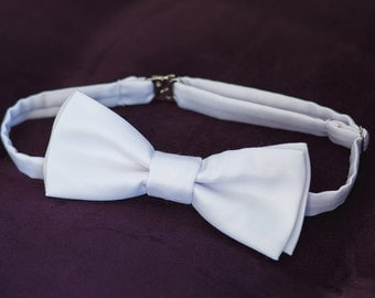 5th bow tie for FREE\Mens bow tie, white Bowtie, vintage weddings