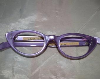 Oden Vintage Women's Cat's Eye Glasses