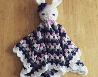 Little crochet rabbit baby conforter