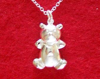 Solid 925 Silver Teddy Bear Charm Pendant Necklace (N23)