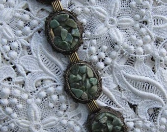 VINTAGE 5-LINK BRACELET not marked Victorian Look Heavily Encrusted with Jade Chips 7.25 Length