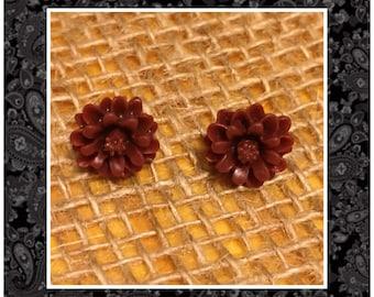 Red Flower Stud Earrings - Maroon Studs - Flower Earrings - Red Flowers   - Maroon Earrings - Daisy Studs - Red Earrings - Flower Studs