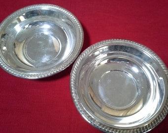 F.E. Rogers Small Bowls Set
