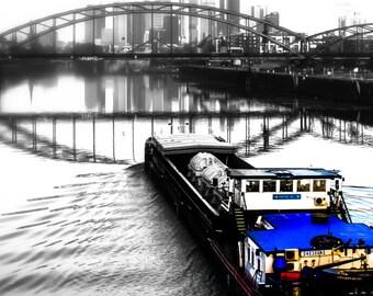 Photography, inland waterway before Frankfurt