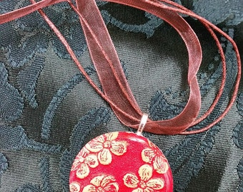 Red & Gold Floral Washer Pendant Necklace