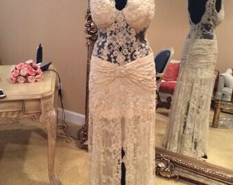 Wedding dress-ivory-lace.