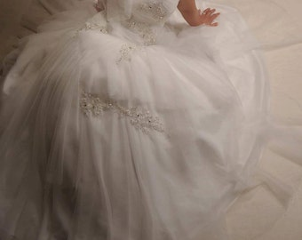 Custom desing smoothly asymmetric Wedding dress