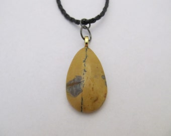 Light Brown Stone Pendant Necklace
