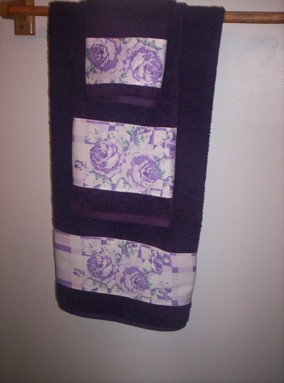 Purple Decorative Bath Towel Set