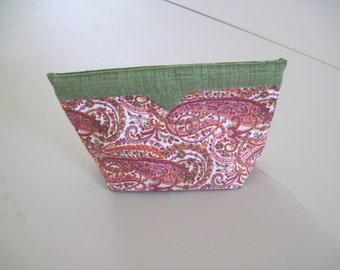 Pink Paisley with Green Accent Snap Closure Bag