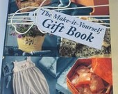 The MAKE it YOURSELF GIFT Book by Readers Digest