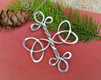Celtic Trinity Knot Cross Ornament, Christmas Ornament Aluminum Wire , Celtic Holiday Ornament, Celtic Knot Home Decor Housewares Decoration